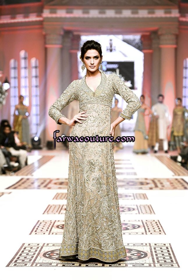 Exclusive Maxi Gown For February 2015 Pakistani Latest Fashion Designer Lawn Party